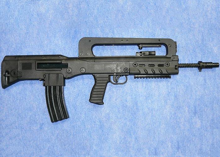 VHS Јуришна пушка VHS-D_assault_rifle
