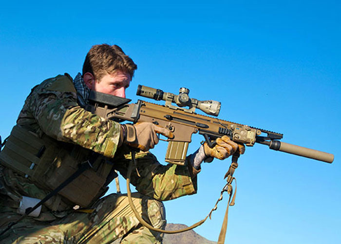 ARSOF Soldier with the FN SCAR-H