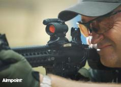 Larry Vickers On The Aimpoint CompM5