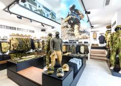 UF PRO Walk-In Shop