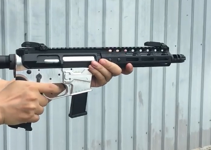 Iron Airsoft AR-Style GBB That Uses Glock Gas Mags