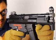 Mach Sakai: WE MP5K Apache GBB