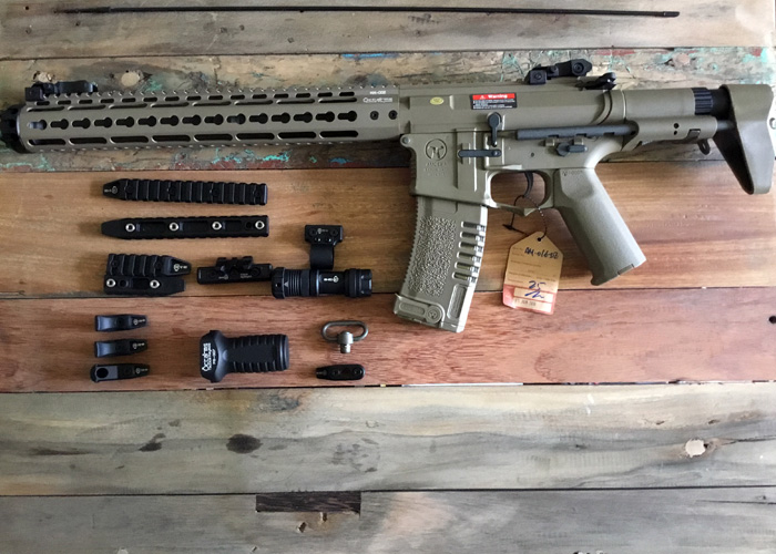 Ares Airsoft Amoeba AM-016 AEG with Accessories