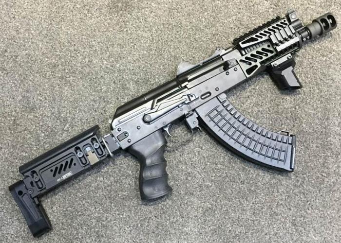Customiser sa réplique : L'Alpha AK Ebairsoft_no13_AK74U_zntc_lct