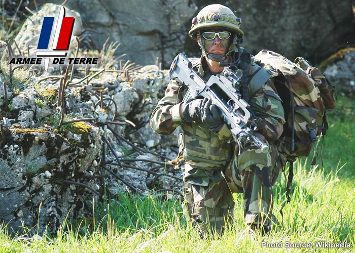 French Army FAMAS (Wikipedia)