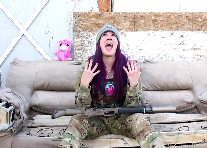 unicorn leah does shake it off popular airsoft. Black Bedroom Furniture Sets. Home Design Ideas