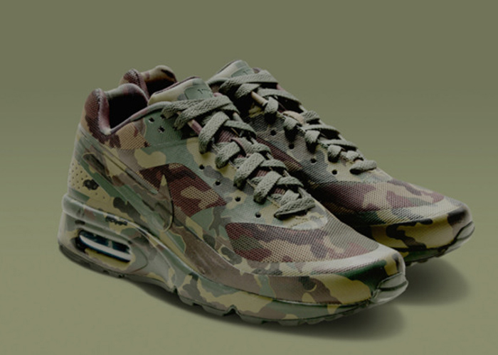 Nike Air Max Sneakers Camo Collection