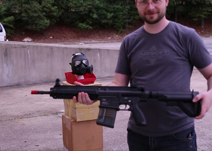 Airsoft Atlanta Russian Gas Mask vs. 425 FPS HK417