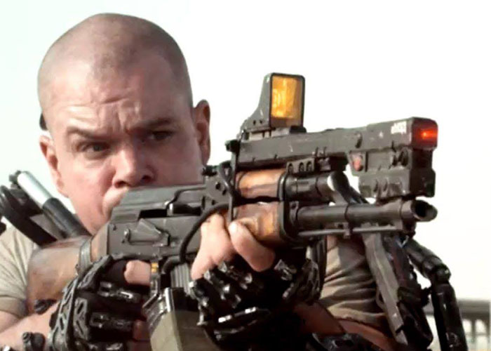 Matt Damon Wields A 200 Year Old Kalashnikov In Quot Elysium
