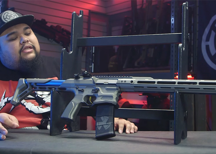 Airsoft GI: AEG With Auto Drop Mag Feature